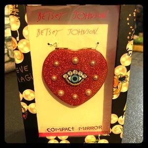 NWT Betsey Johnson Compact Mirror NWT